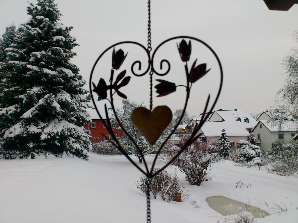 A heart for winter time by cactusmumkate