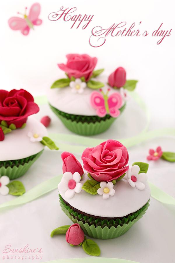 Flower cupcakes by kupenska on DeviantArt