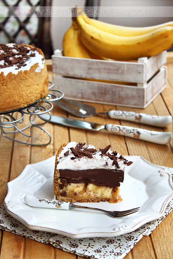 Chocolate and caramel banana pie by kupenska on DeviantArt
