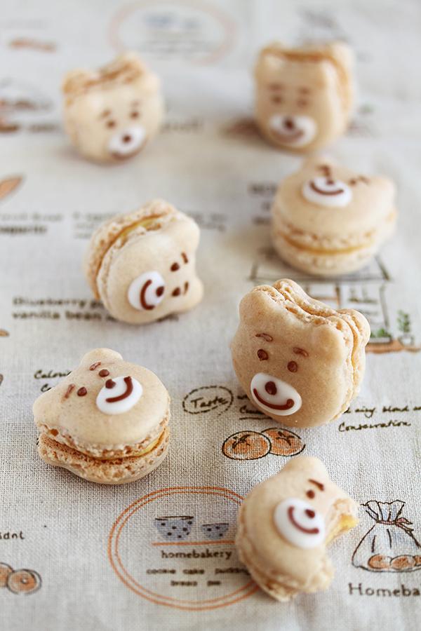 Bear Macarons by kupenska