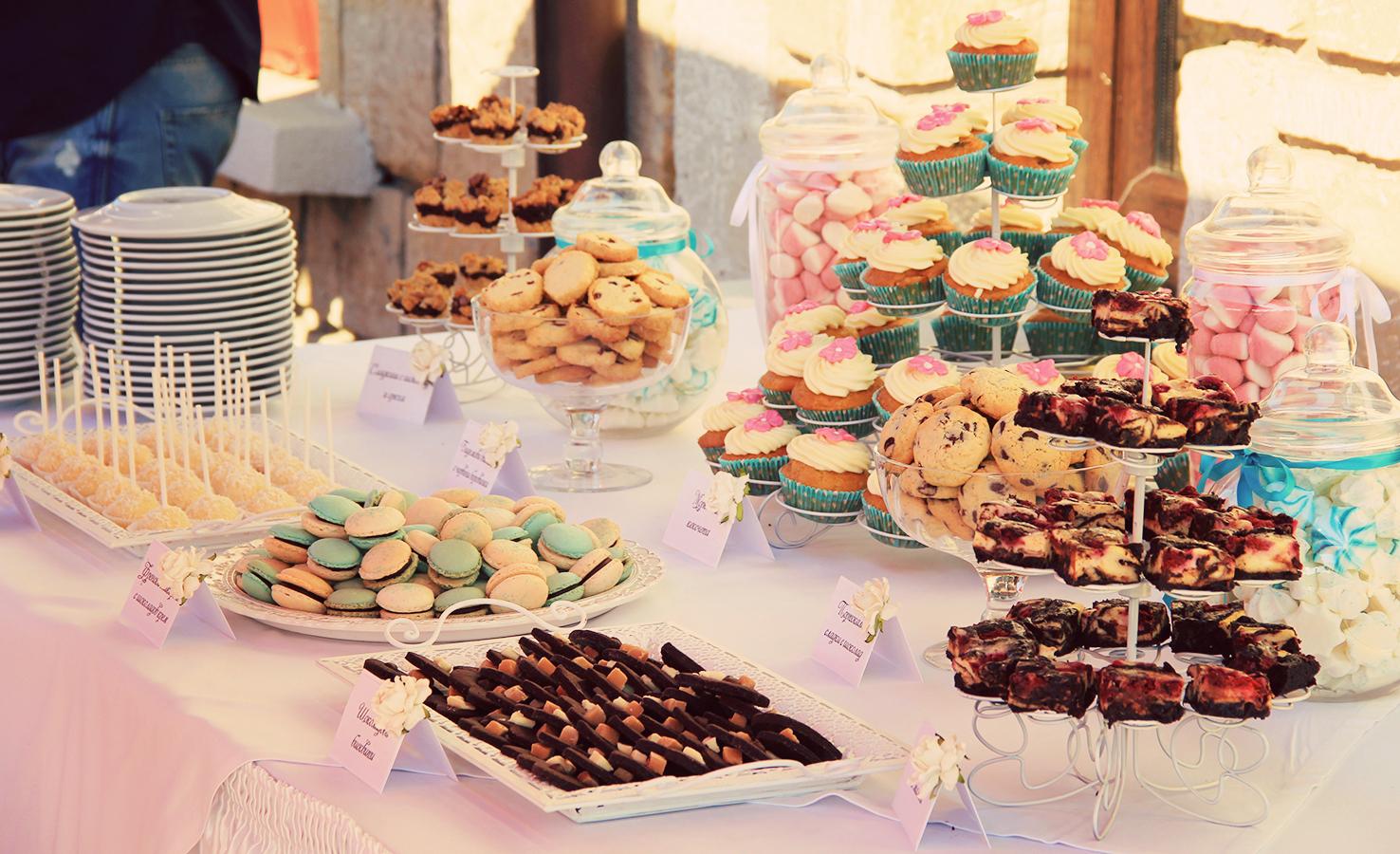 Dessert table by kupenska