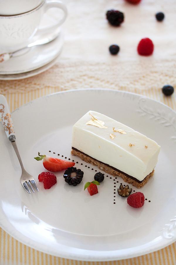 White chocolate cheesecake by kupenska