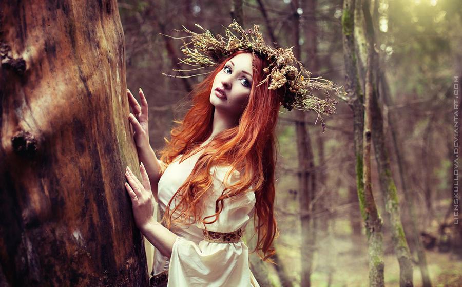Dryad of Fall II by LienSkullova