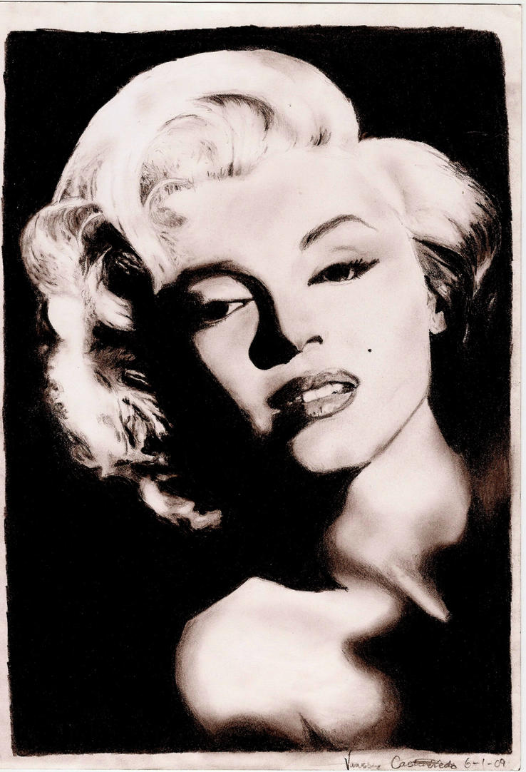 Marilyn Monroe by Immortal-Innocence-x