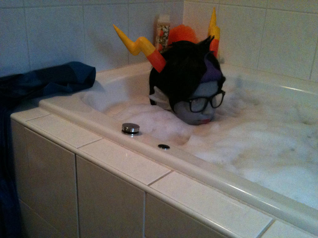 Eridan taking a bath by envoysoldier