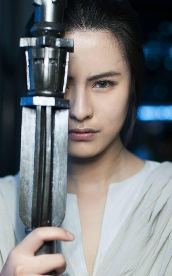 Rey of STAR WARS the force awakens