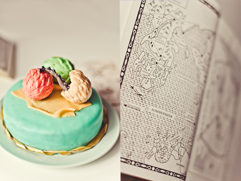 game of thrones cake by LissaSchwarz