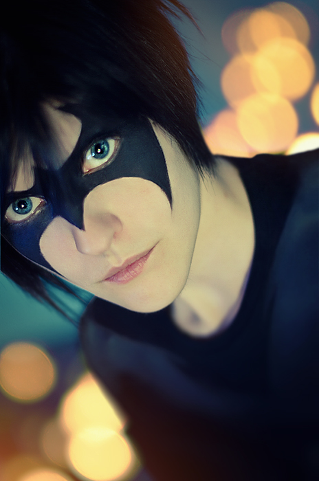 Nightwing: painted mask by WiseKumagoro
