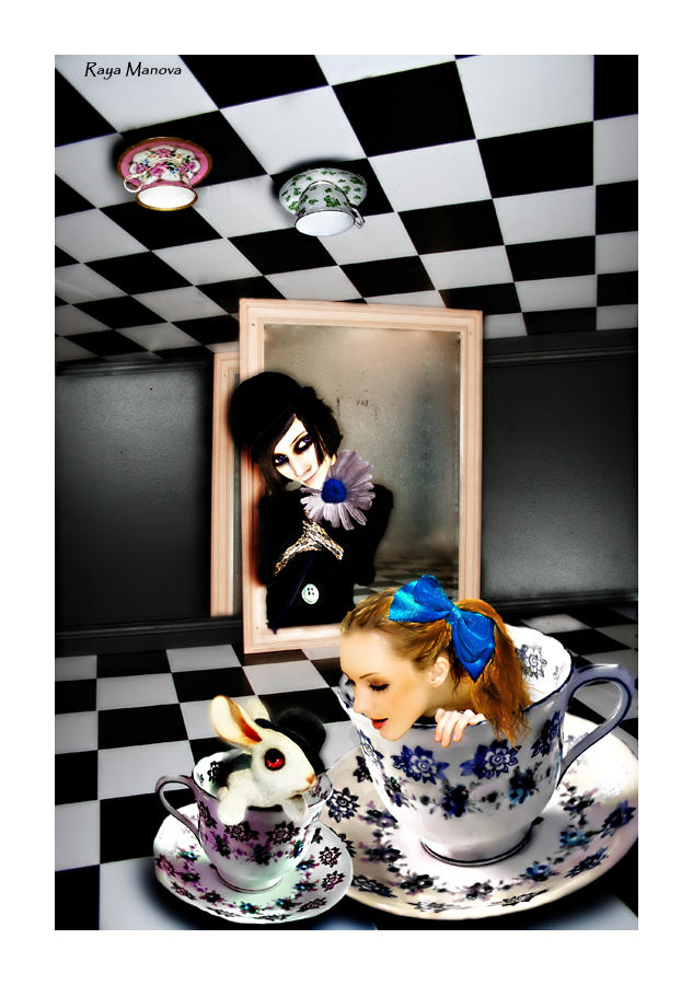The Madhatter's Tea-Party by AngelicalEyes