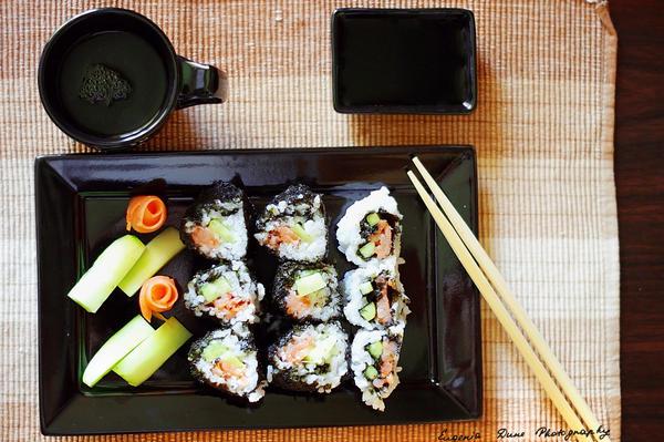 Selfmade sushi 131_366 by eugene-dune