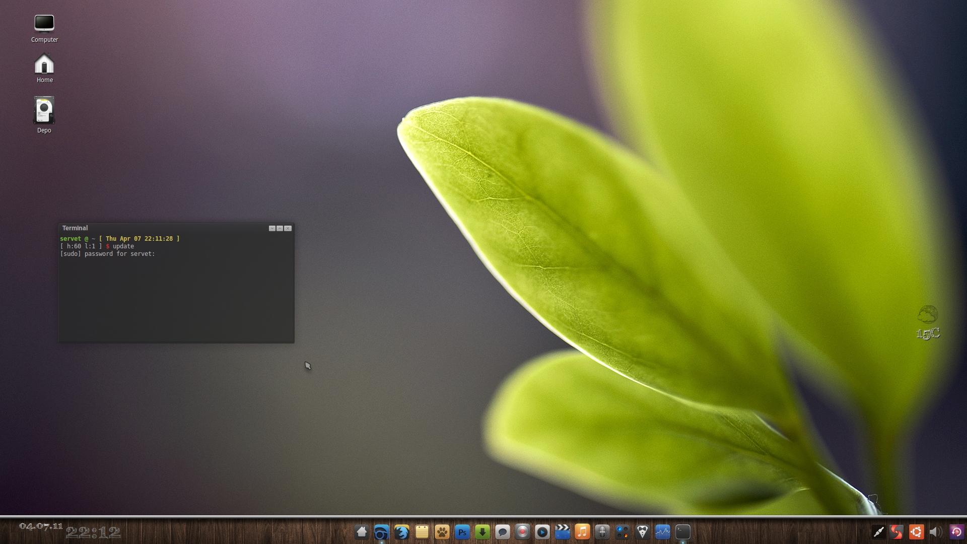 April Desktop by grafilker