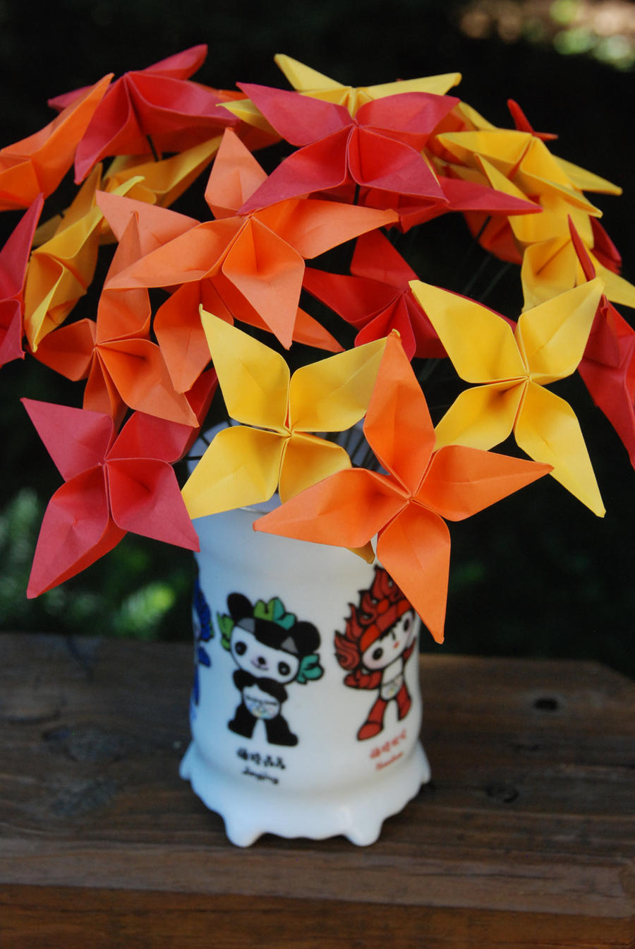 Origami star warm autumn bouquet by lisadeng on deviantart origami star warm autumn bouquet by lisadeng mightylinksfo