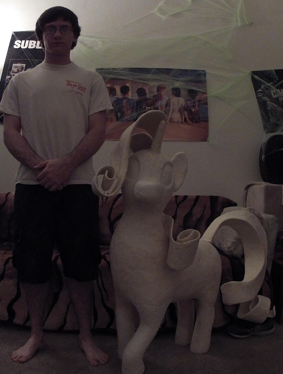 Rarity statue before paint. by porethoose