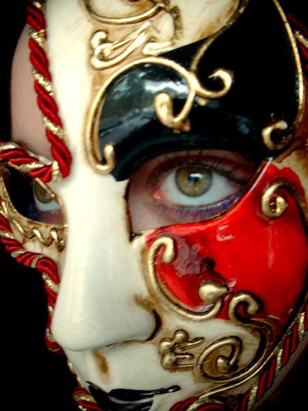 The Mask by josee-saurus