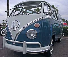 VW Bus by Swanee3