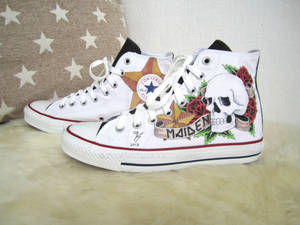 Hand painted shoes - Tattoostyle