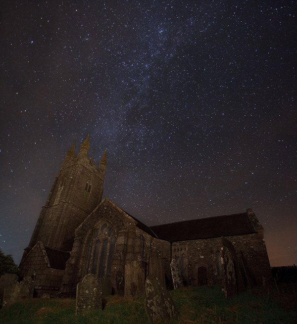 http://fc00.deviantart.net/fs38/f/2008/365/3/0/The_church_and_the_stars_by_Alex37.jpg