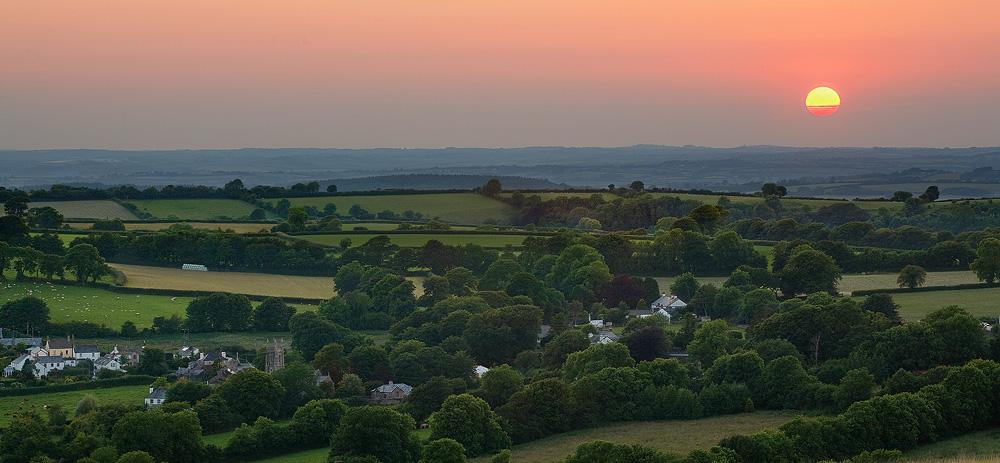 Sundown, North Brentor by Alex37