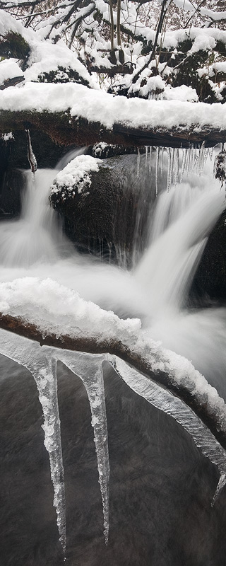 Iced Brook by Alex37