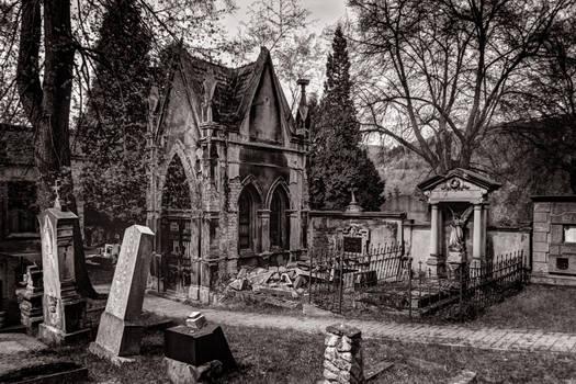 Graveyard Pod vyhlidkou III