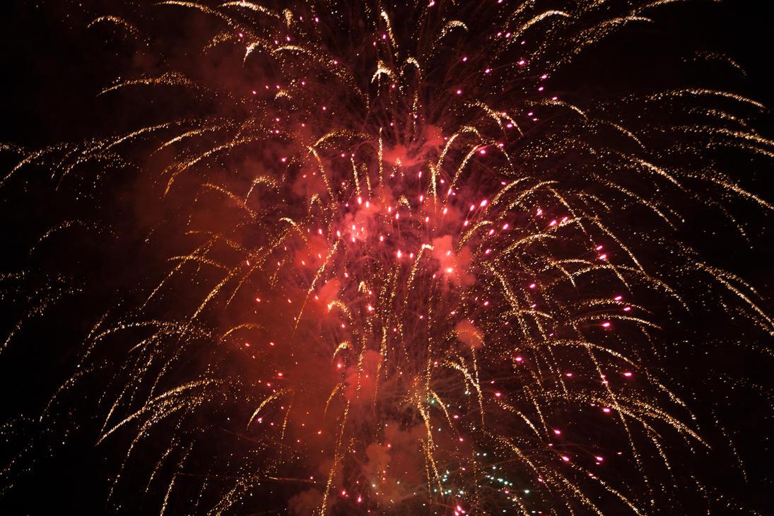 Fireworks (4) by SirMeliant