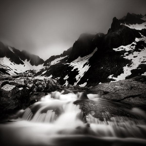 Cold Water Valley by KrzysztofJedrzejak