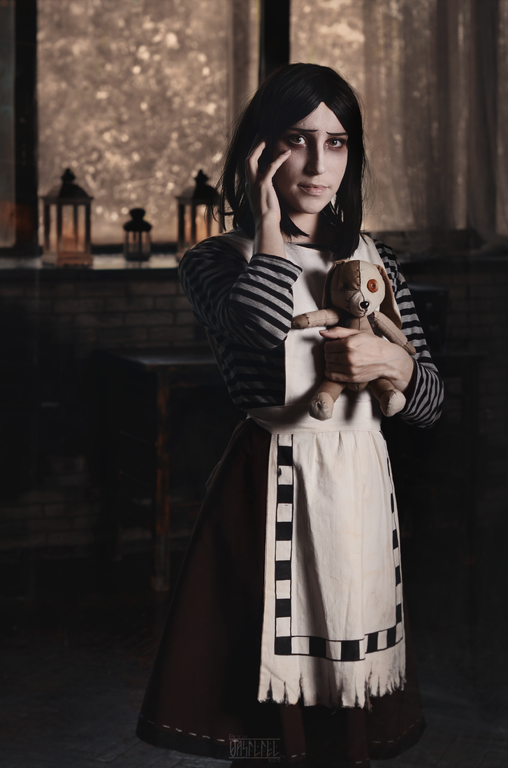 Alice:Madness returns by PhotographerVasiliel