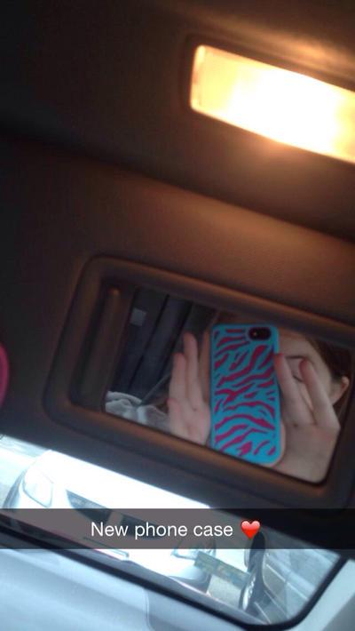 Ayyyy. Dat new phone case, doe by xXFadingAngelXx