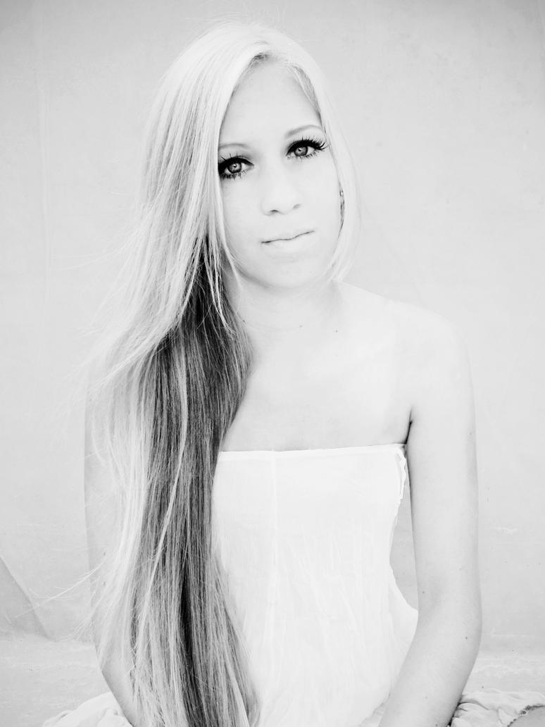 Kristina K. by m1rna