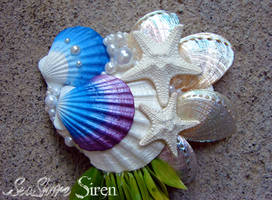Mermaid Hair clip with dangling Seaweed (Close Up)