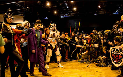 Cosplay Cardiff film and comic con 2014 stand off