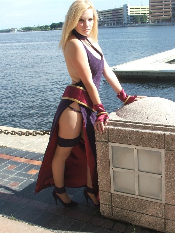 [Imagen] Varias imagenes cosplay muy reales y trabajadas Bonne_Jenet_KOF_Cosplay_by_LusciousBee