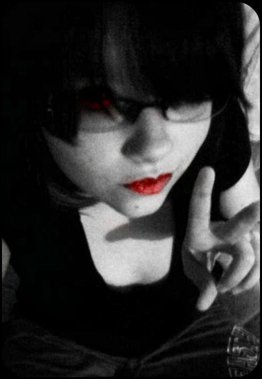 Vampire Me by SASUNARUFANGIRL11