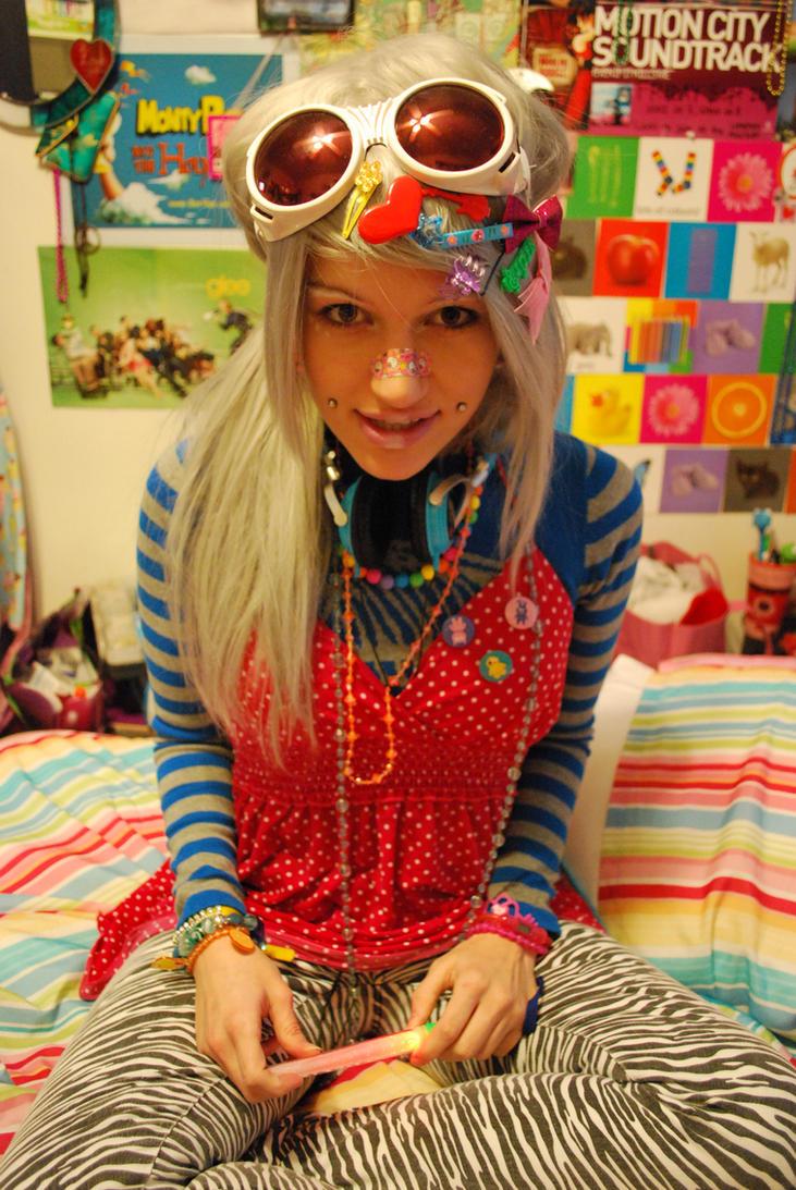 Raver Girl by ~Toastychan on deviantART