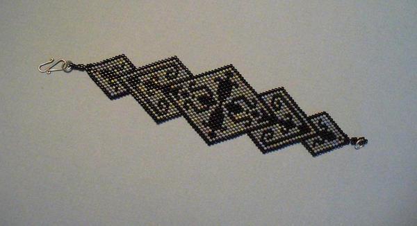Tribal Carpet Bracelet by gemfiend