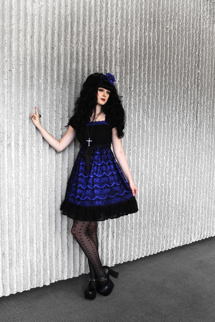 Flashing Blue by Taeyen