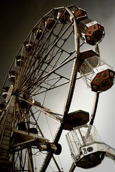 carousel by BelcyrPiotr
