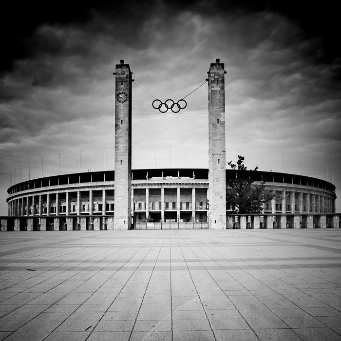 Olympic Stadium by BelcyrPiotr