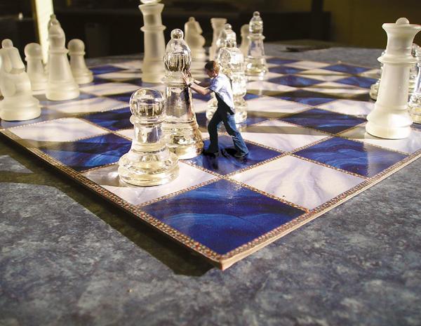 Playing Chess by Arinu1