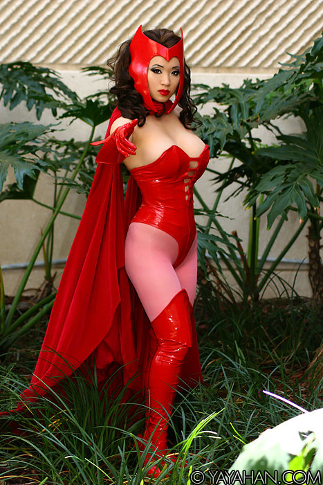 New costume: Scarlet Witch by yayacosplay