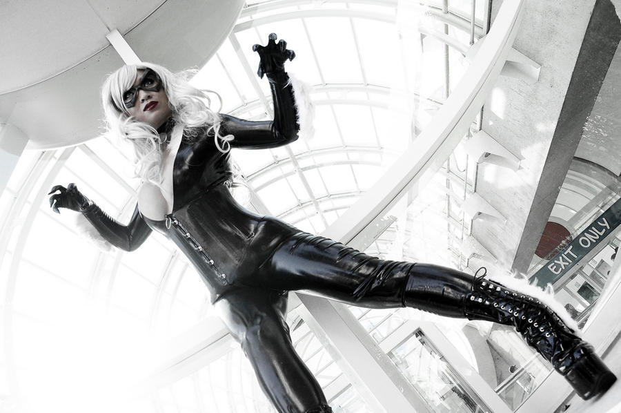 Black Cat at SDCC II by yayacosplay