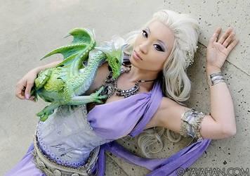 Khaleesi at Rest by yayacosplay