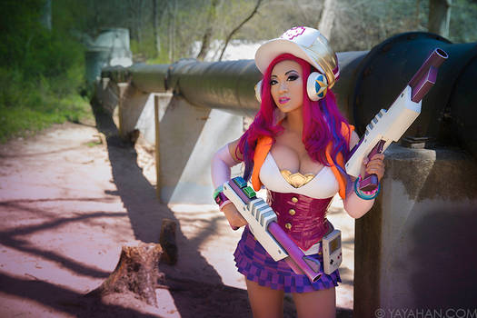 Arcade Miss Fortune: I Always Shoot First
