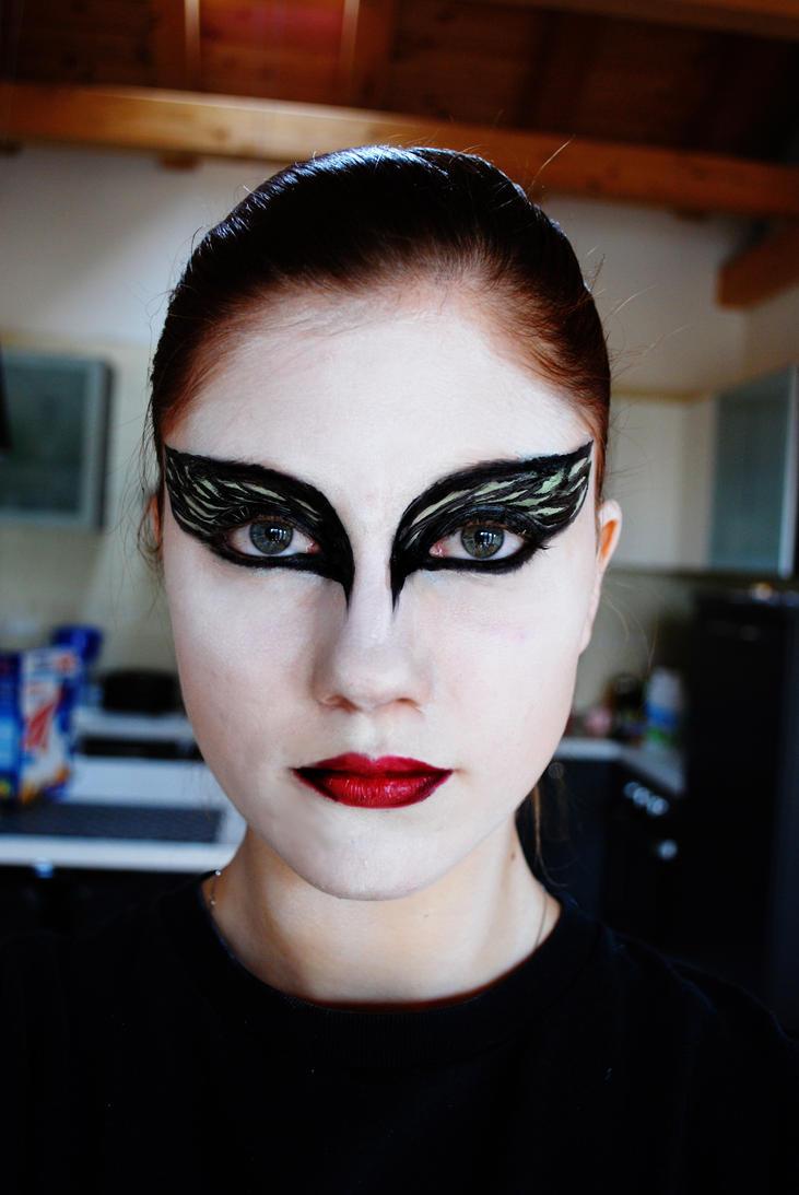 Aninimal Book: Black Swan make up by GrimildeMalatesta on DeviantArt