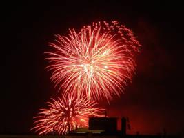 Firework 4 by SerenaDream