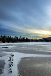 Frozen Lake by DudeFr0mTheHills