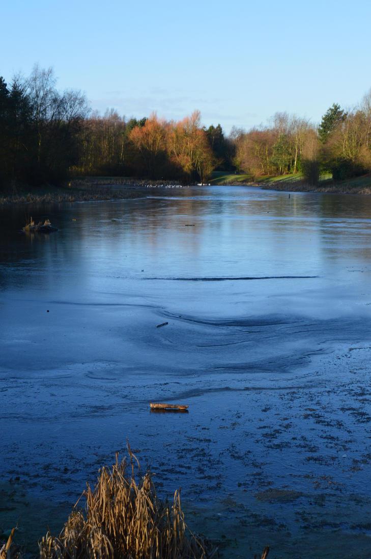 Frozen Lochty by fourteenthstar