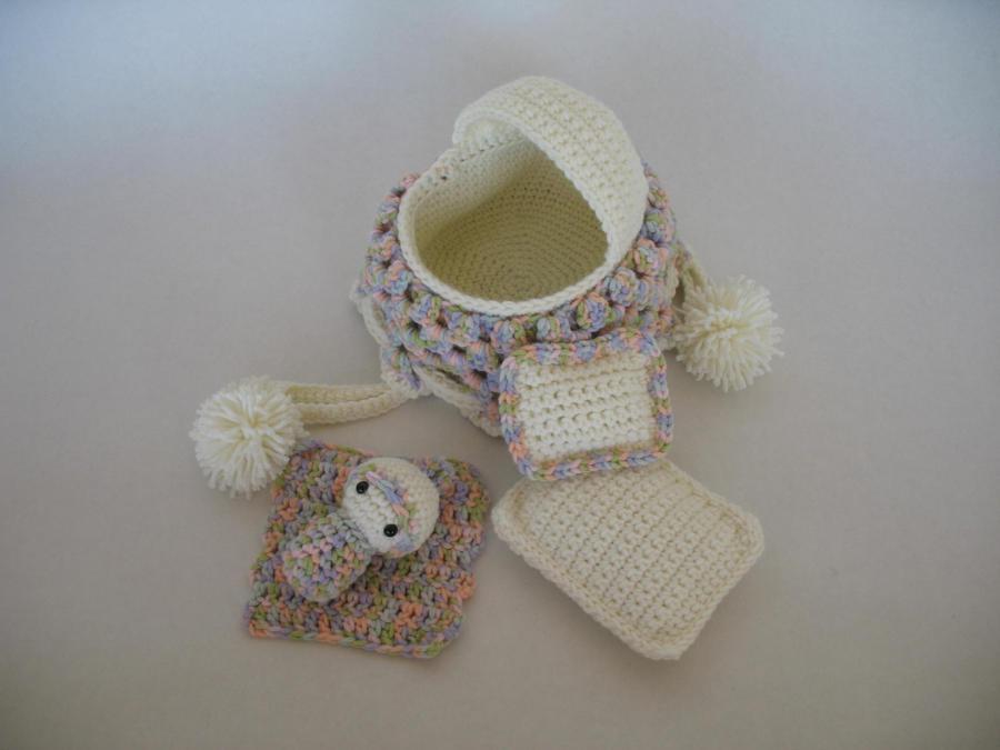 Crochet Baby Purse : Crocheted Cradle Purse - Crochet Club