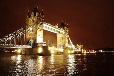 London Bridge by nicolasmalinowski