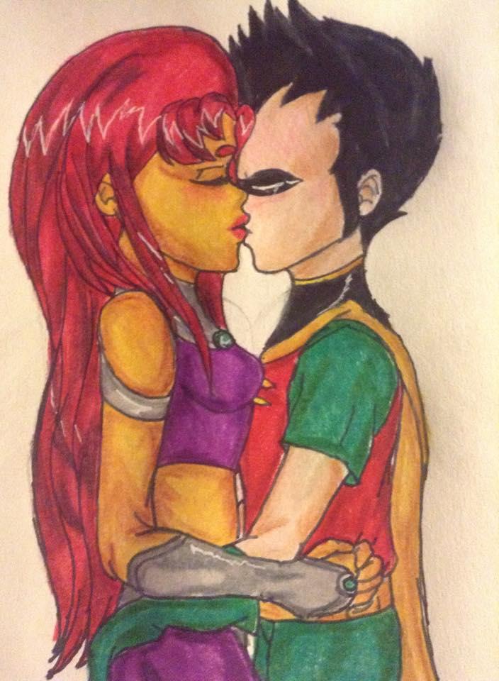 Intimate Kiss by lokiiyu
